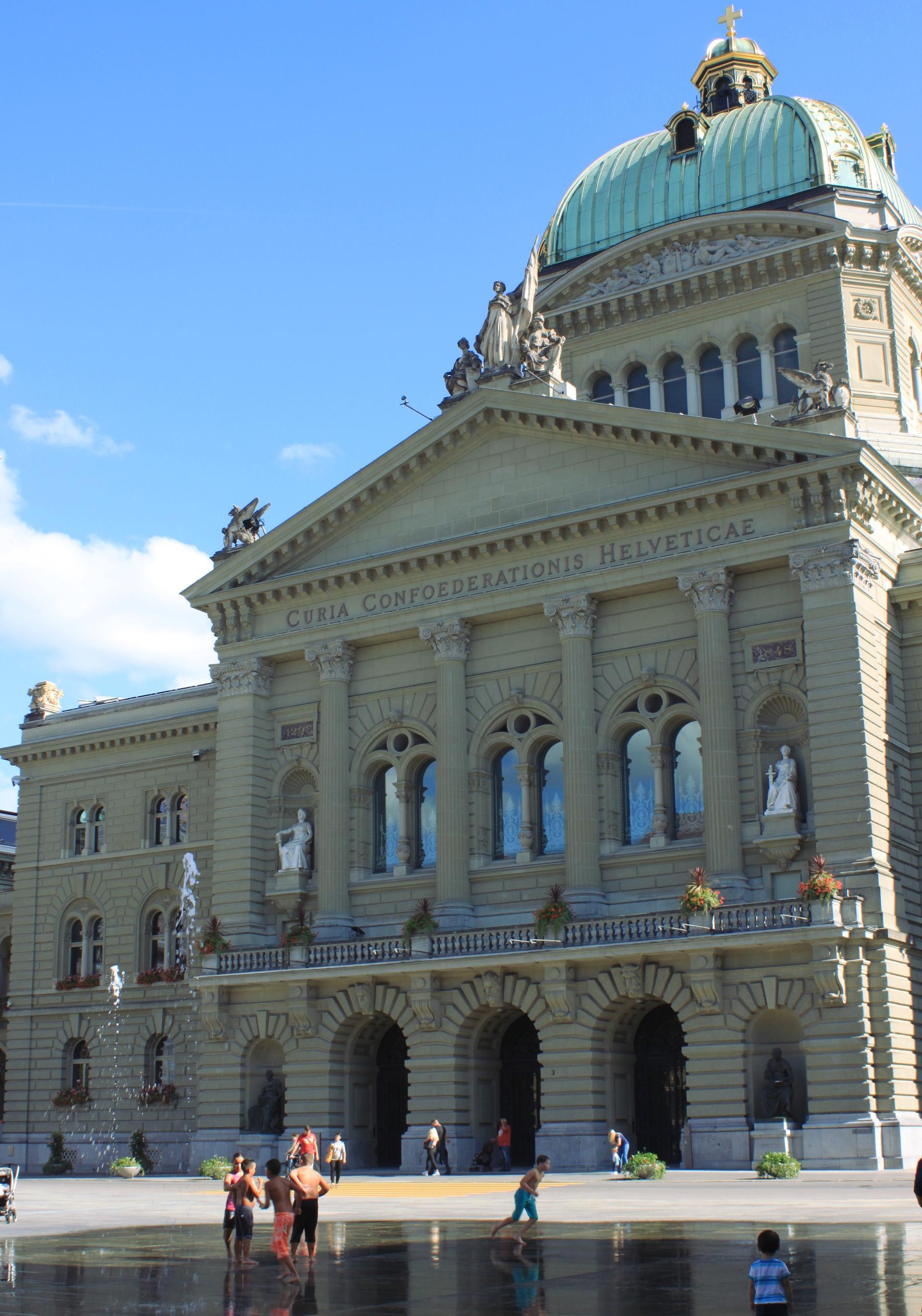 szwajcaria berno bern parlament stolica miasto stolica iglawpodrozy
