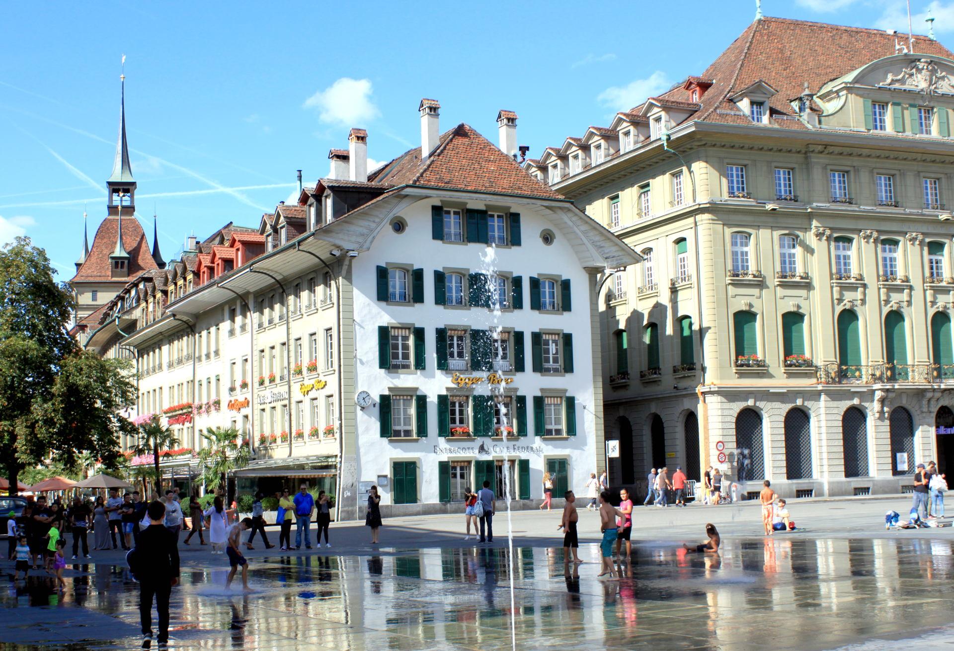 szwajcaria berno bern fontanna stolica miasto stolica iglawpodrozy