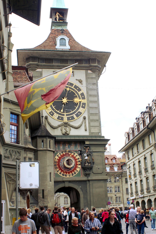 szwajcaria berno bern zegar bramamiasta wiezazegarowa flaga figurka staremiasto stolica iglawpodrozy