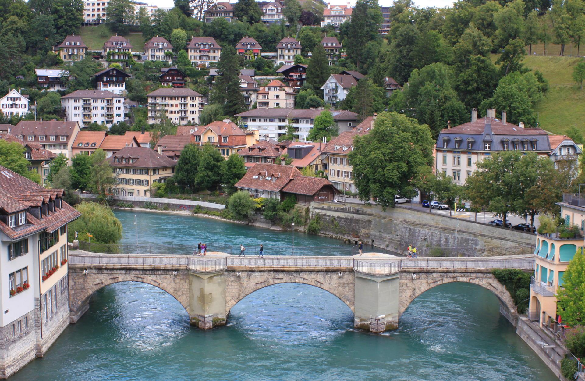 szwajcaria berno bern rzeka aare most staremiasto stolica iglawpodrozy
