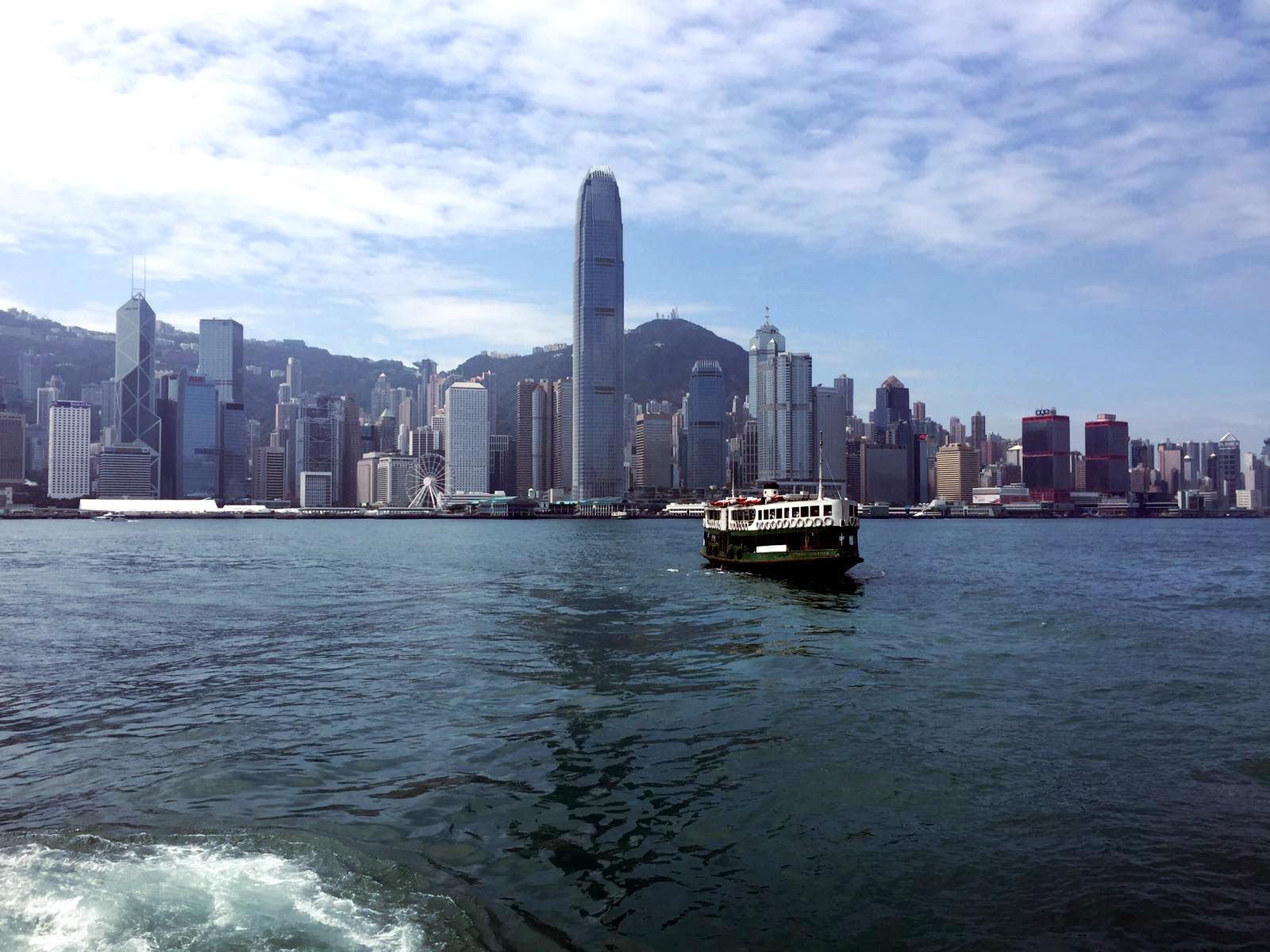 hongkong wierzowce statek iglawpodrozy