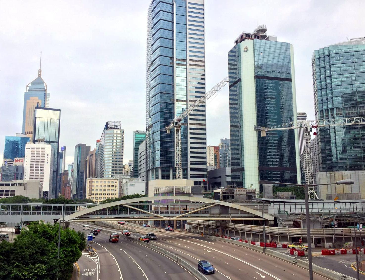 hongkong miasto ulice wiezowce iglawpodrozy