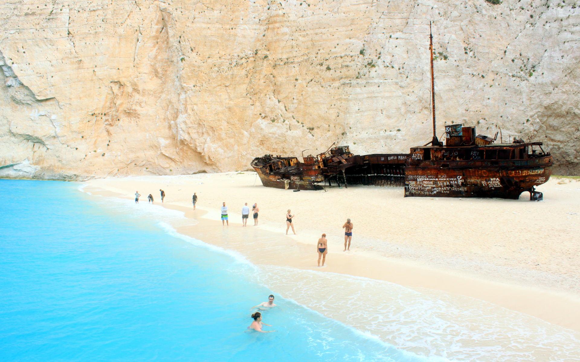 grecja zakynthos zatokawraku navagiobeach statek wrak rajskaplaza iglawpodrozy