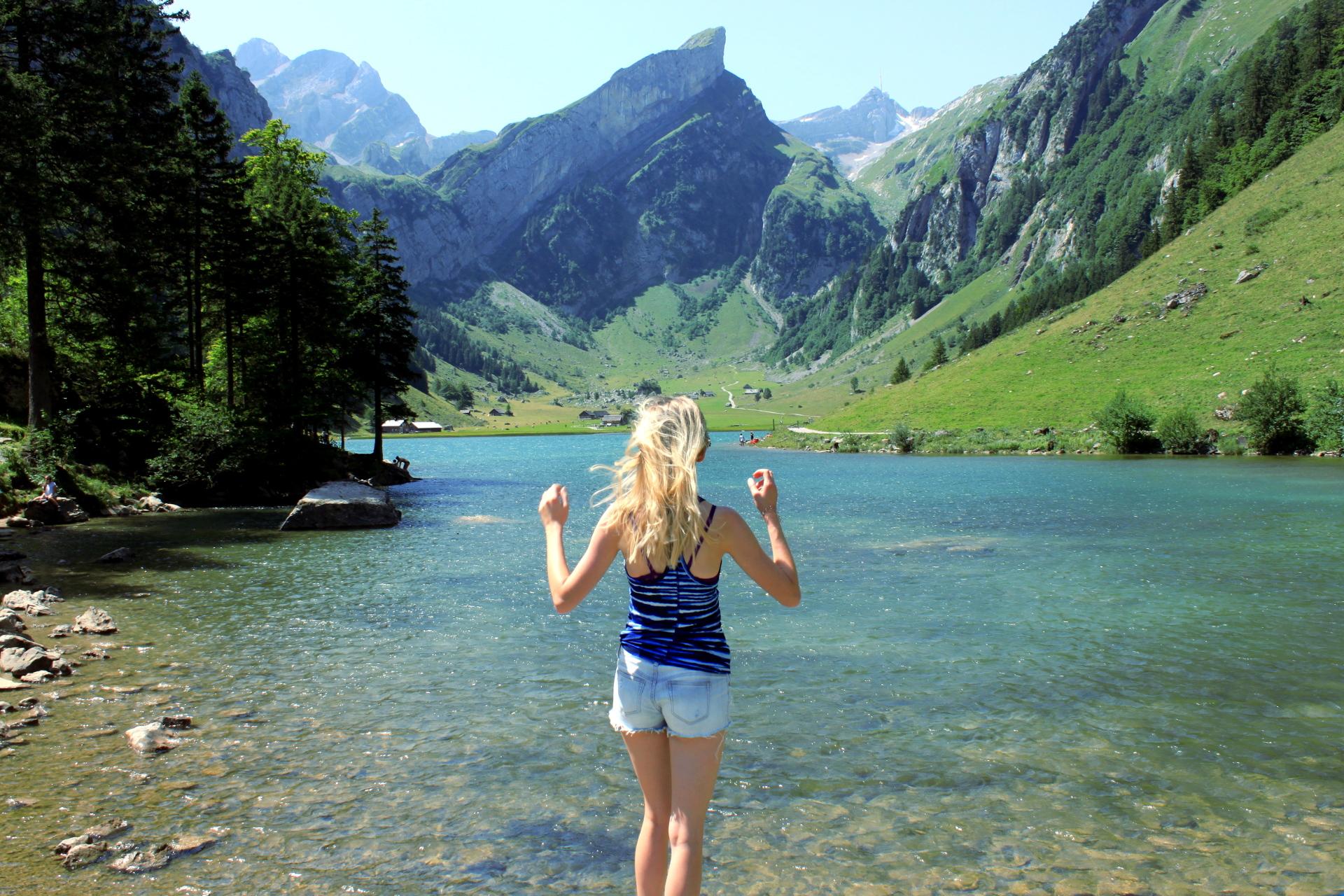 szwajacaria seealpsee alpy gory jezioro widok natura iglawpodrozy