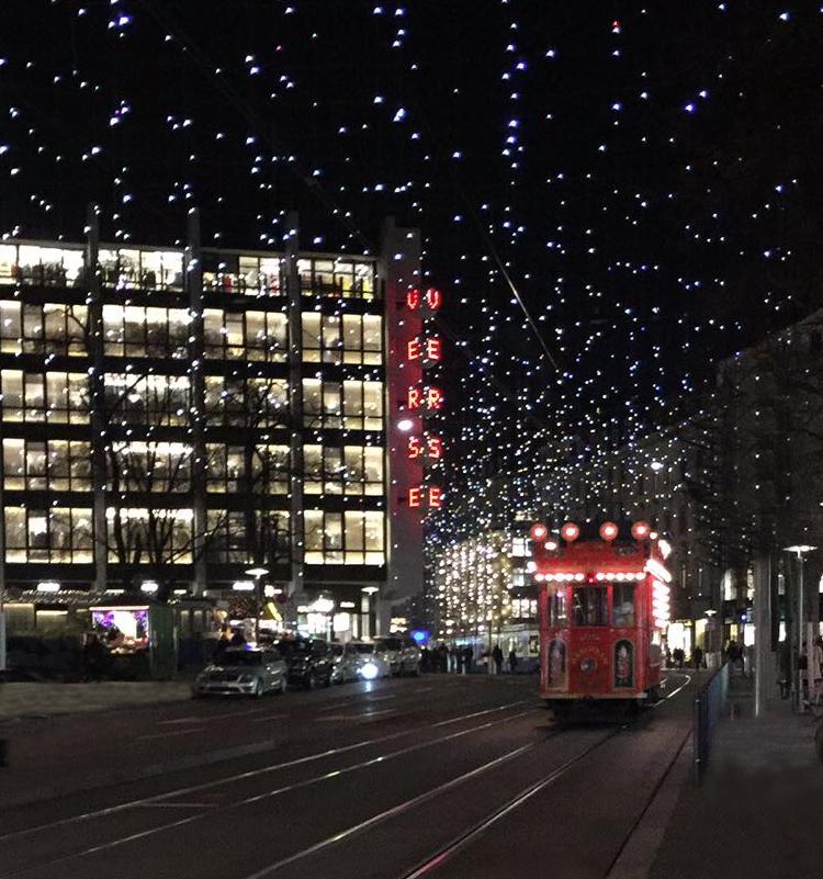 Świąteczne ulice w Zurychu iglawpodrozy