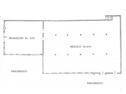 NEGOZIO COMMERCIALE DI MQ 1250 CIRCA  IN VENDITA/AFFITTO