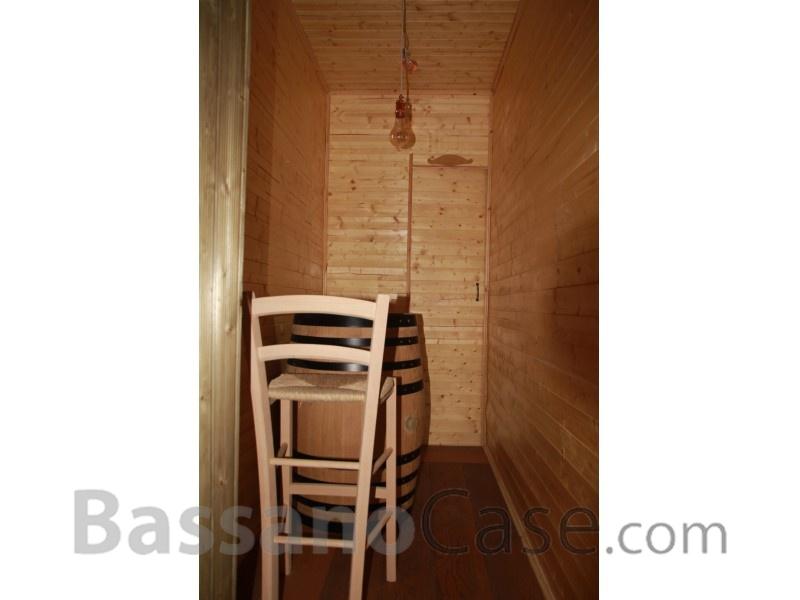 VILLETTA SINGOLA IN VENDITA IN VALLATA VICINO A BASSANO DEL GRAPPA - Foto 19 di 23