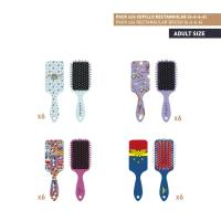 BROSSES À CHEVEUX RECTANGULAIRE PACK x24 (FRIENDS , WONDER WOMAN)
