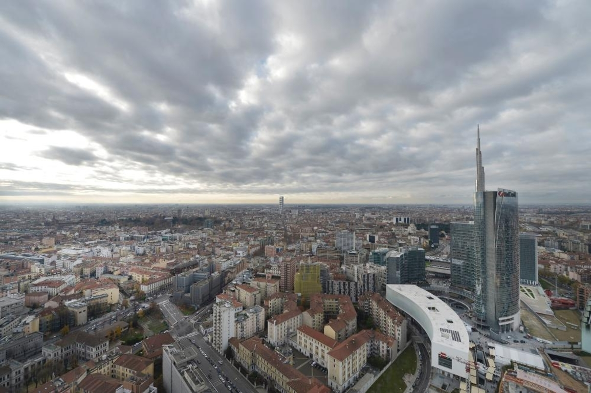 views of the Unicredit Tower from the Solaria Tower