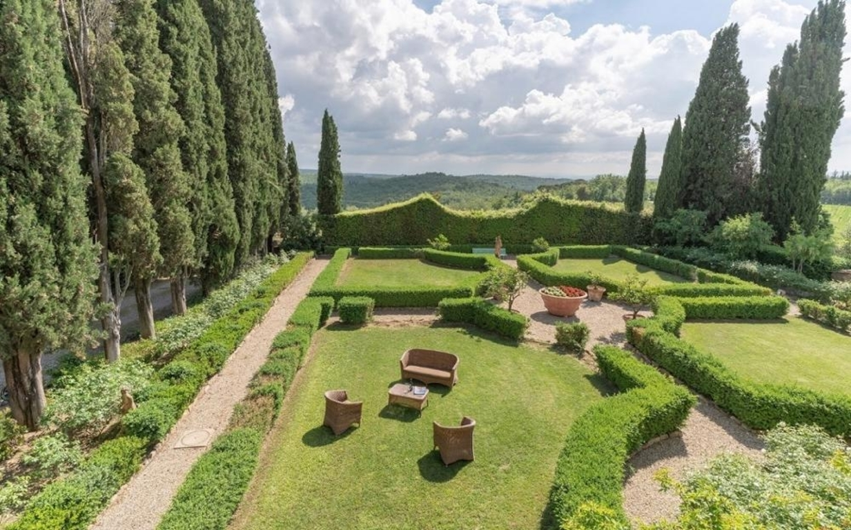 1543425751527_chianti_area_greve_in_chianti.jpeg