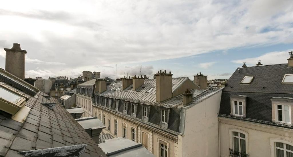 1573466492348_rue_barbet_de_jouy__75007_paris_saintgermain.jpeg