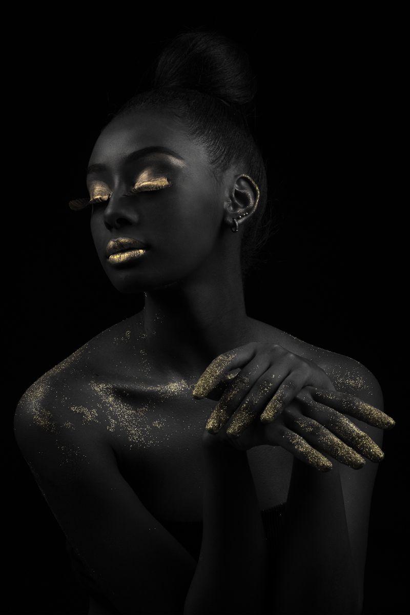 Gold on Black 2