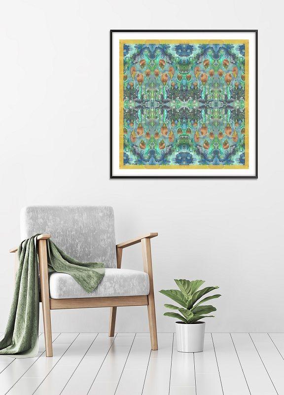 הדפס טקסטיל אמנותי בגווני ירוק.