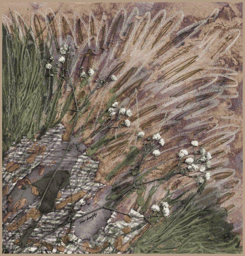 הדפס טקסטיל אמנותי בגווני בז' חאקי