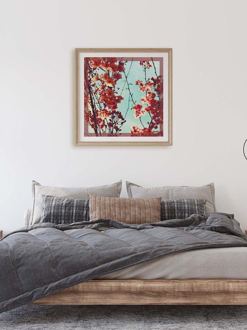 הדפס טקסטיל אמנותי בגווני בורדו