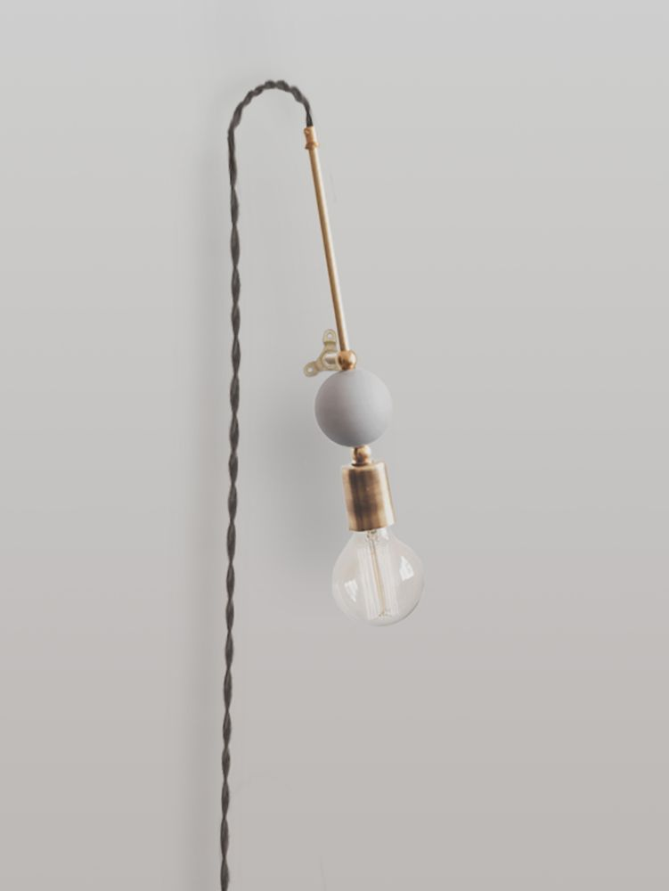 Jewels and Beads Wall Lamp