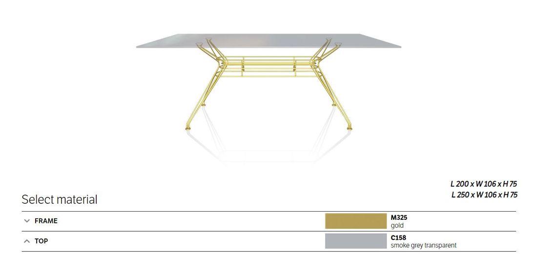 שולחן אוכל סנדר גימור זכוכית מעושנת רגל מוזהבת