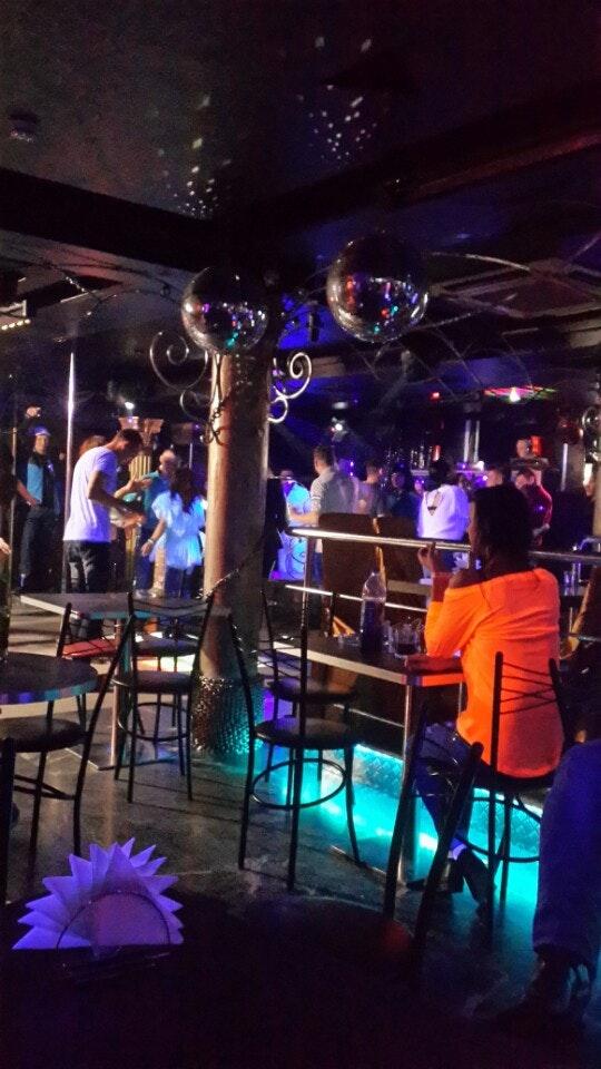 Ночной клуб бессонница нижний спортивный футбольный клуб в москве