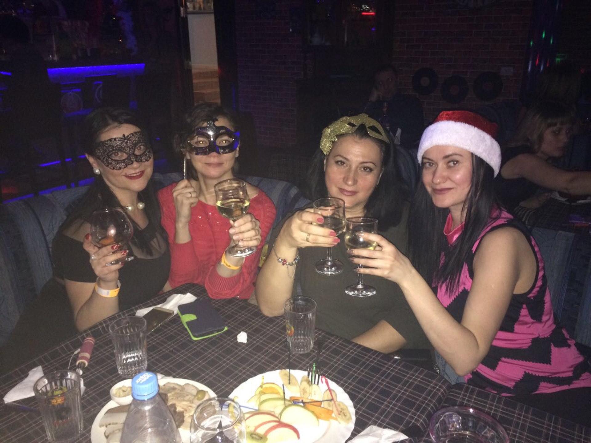Ночной клуб винил владивосток фотоотчет дубаи видео ночные клубы