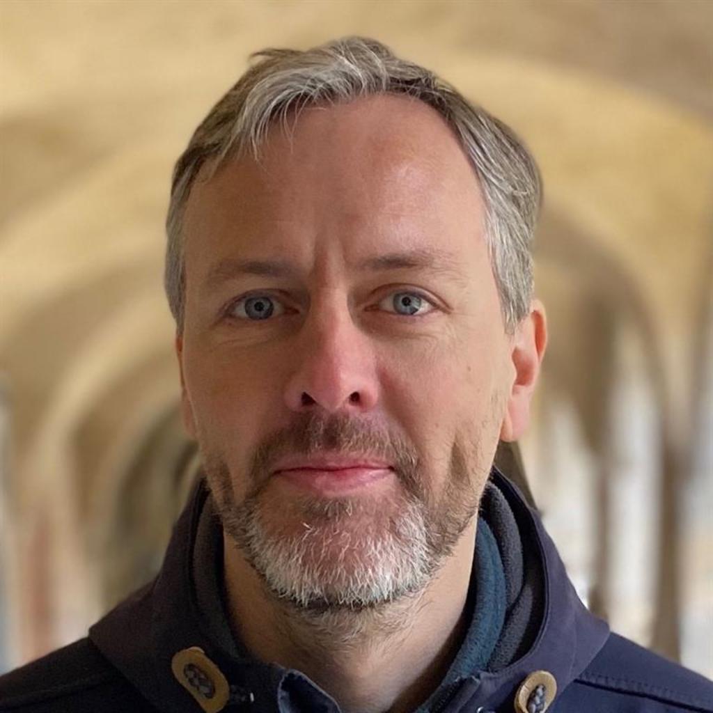 Dr. Dominik Waßenhoven