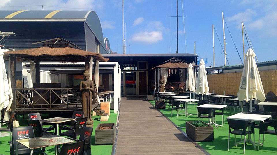 Pantal n rest club restaurante y sala de conciertos de a for Sala clamores proximos eventos