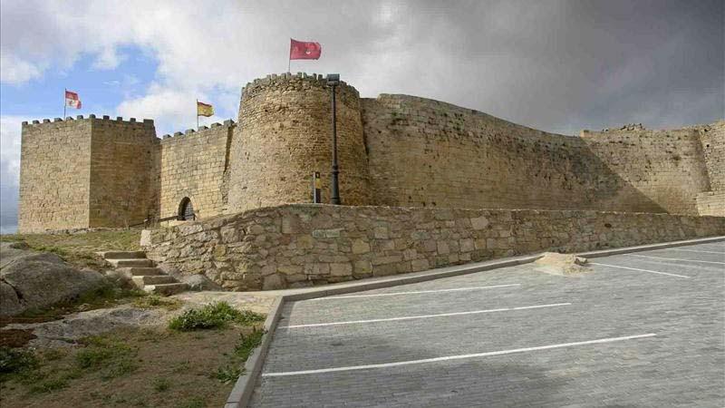 Logo de Castillo de Ledesma