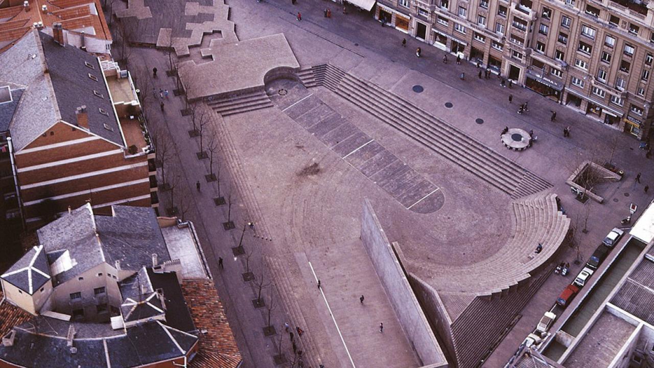 Logo de Plaza de los Fueros de Vitoria