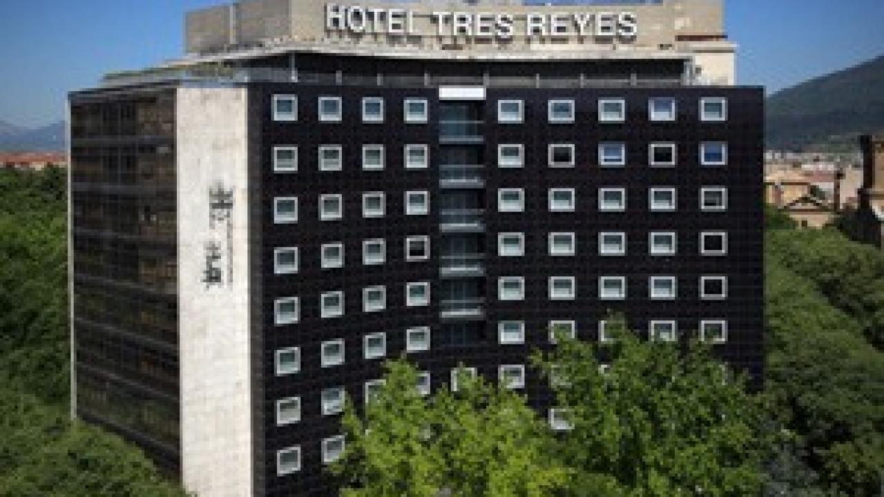 Logo de Hotel Tres Reyes
