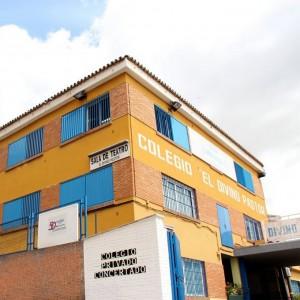 Sala y Teatro Divino Pastor