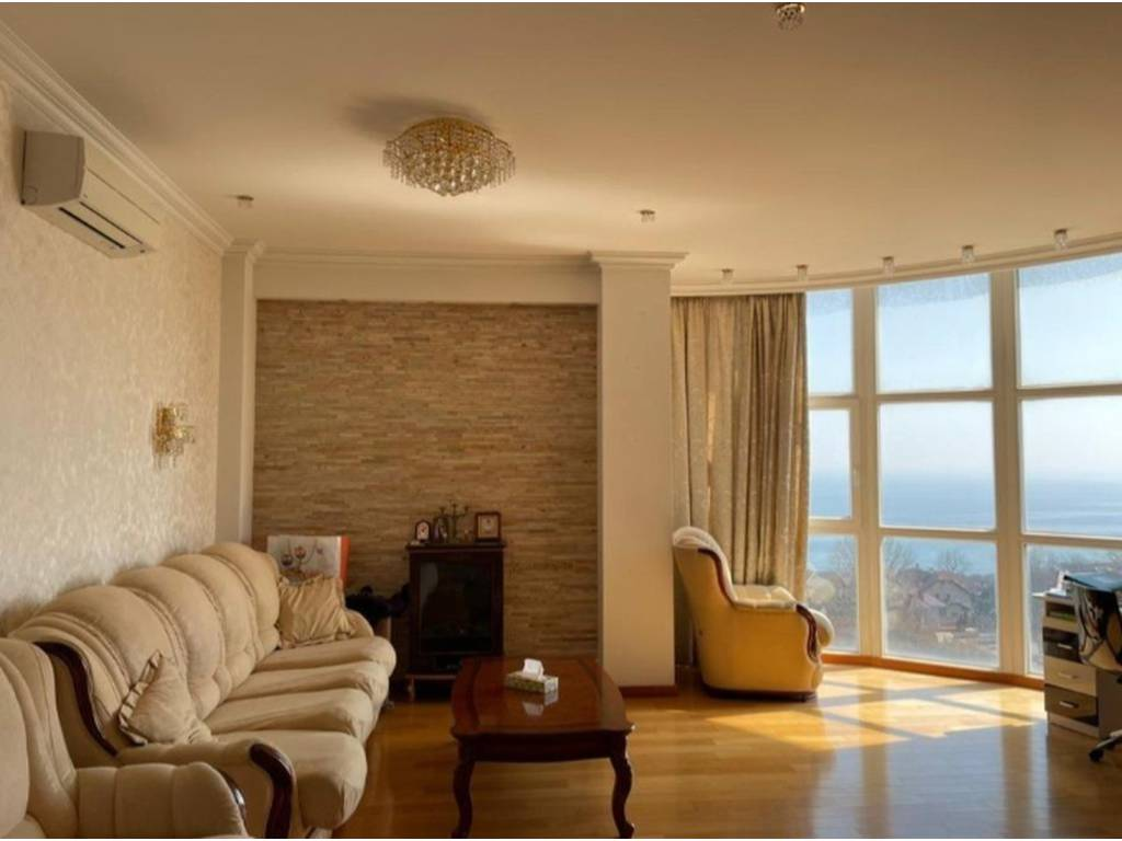 2-комнатная квартира, 120.00 м2, 210000 у.е.