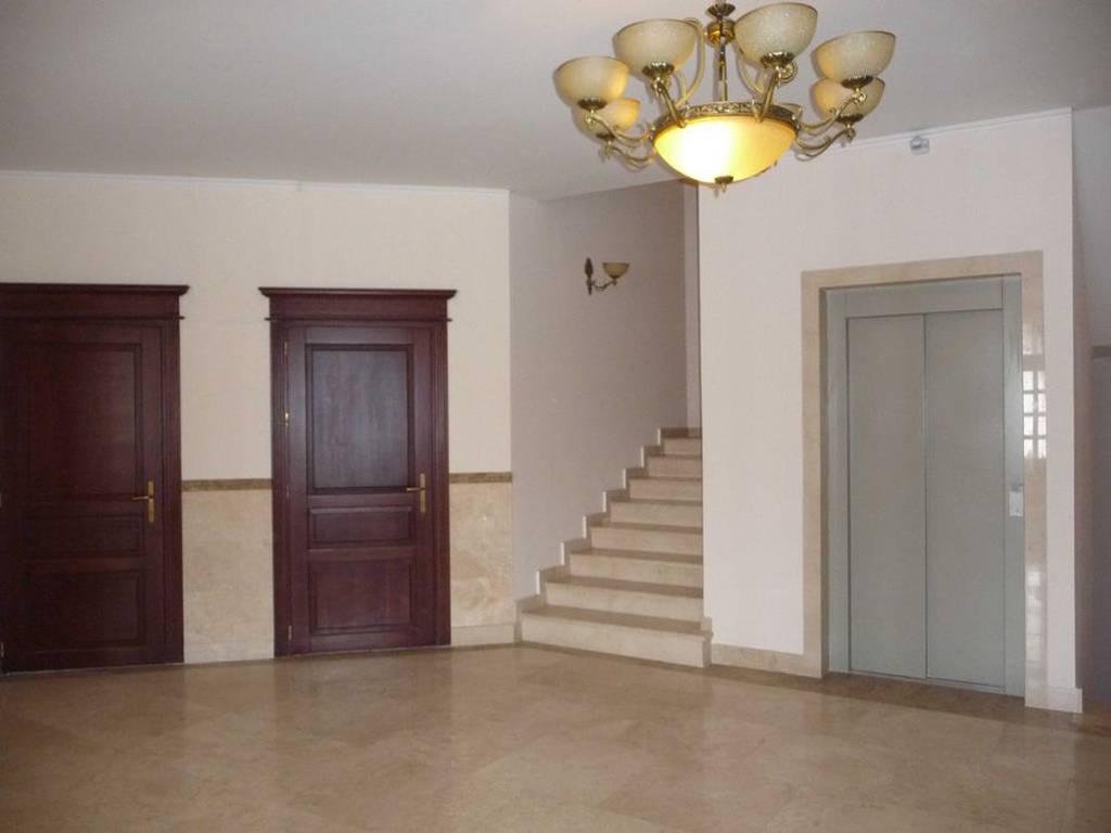 2-комнатная квартира, 81.00 м2, 105300 у.е.