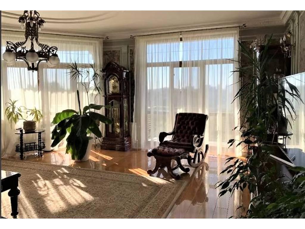 3-комнатная квартира, 137.00 м2, 240000 у.е.