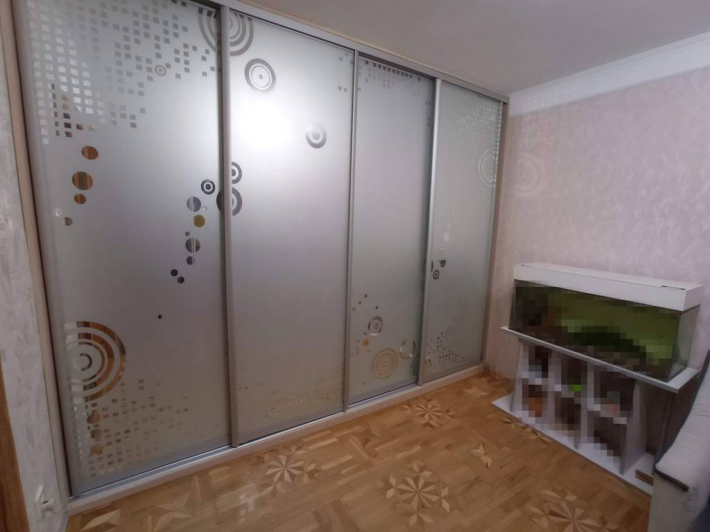 4-комнатная квартира, 86.00 м2, 63000 у.е.