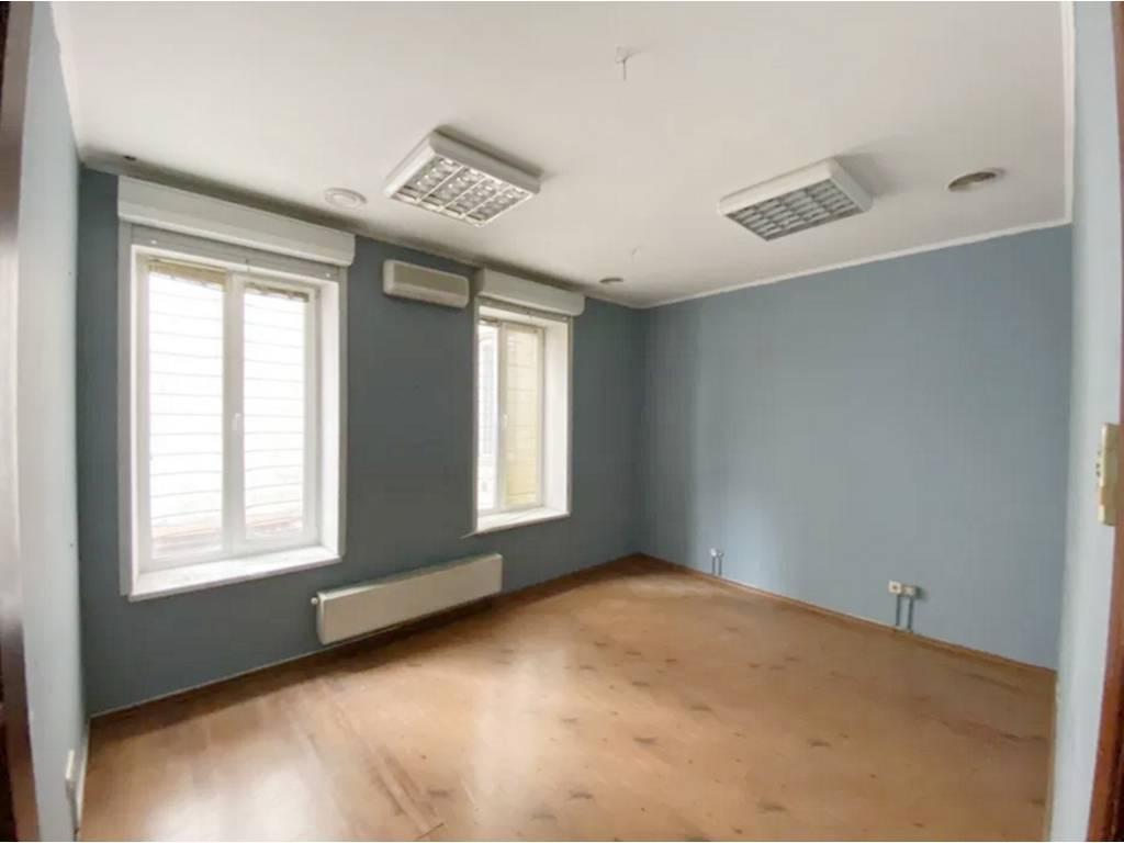6-комнатная квартира, 140.00 м2, 144990 у.е.