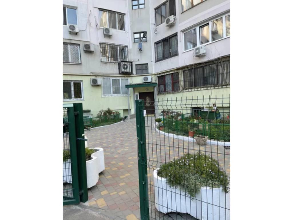 3-комнатная квартира, 134.00 м2, 160000 у.е.