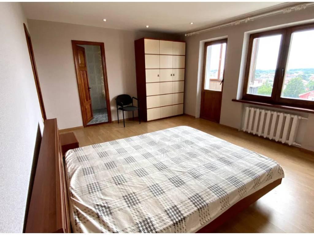 3-комнатная квартира, 113.00 м2, 78000 у.е.