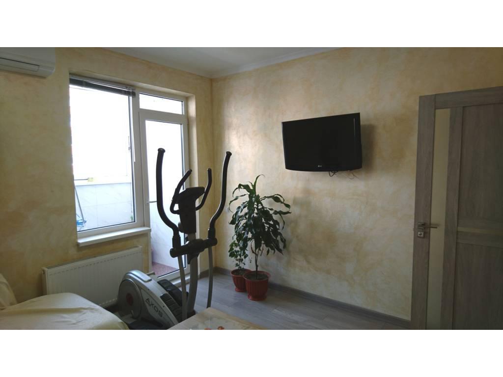 3-комнатная квартира, 82.00 м2, 68000 у.е.