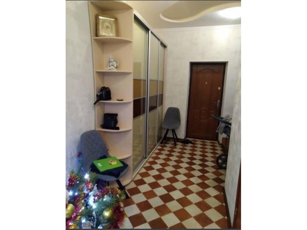 2-комнатная квартира, 63.00 м2, 42000 у.е.