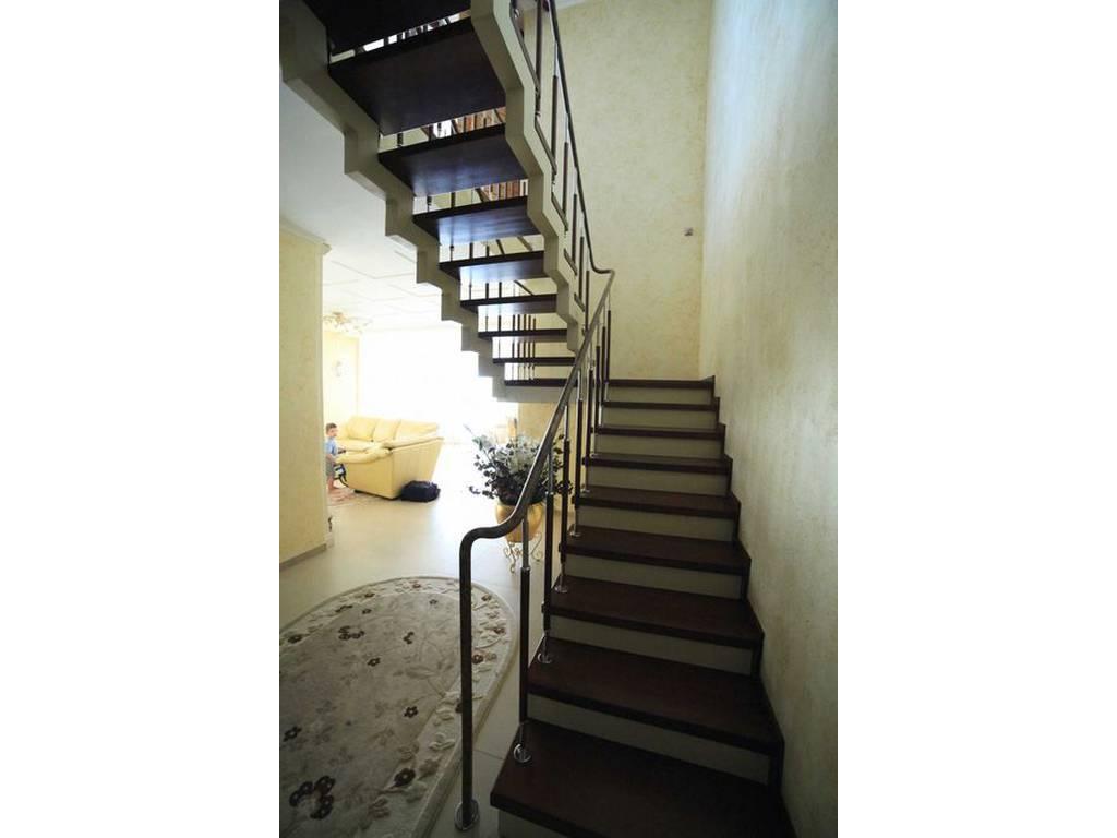 8-комнатная квартира, 312.20 м2, 365000 у.е.