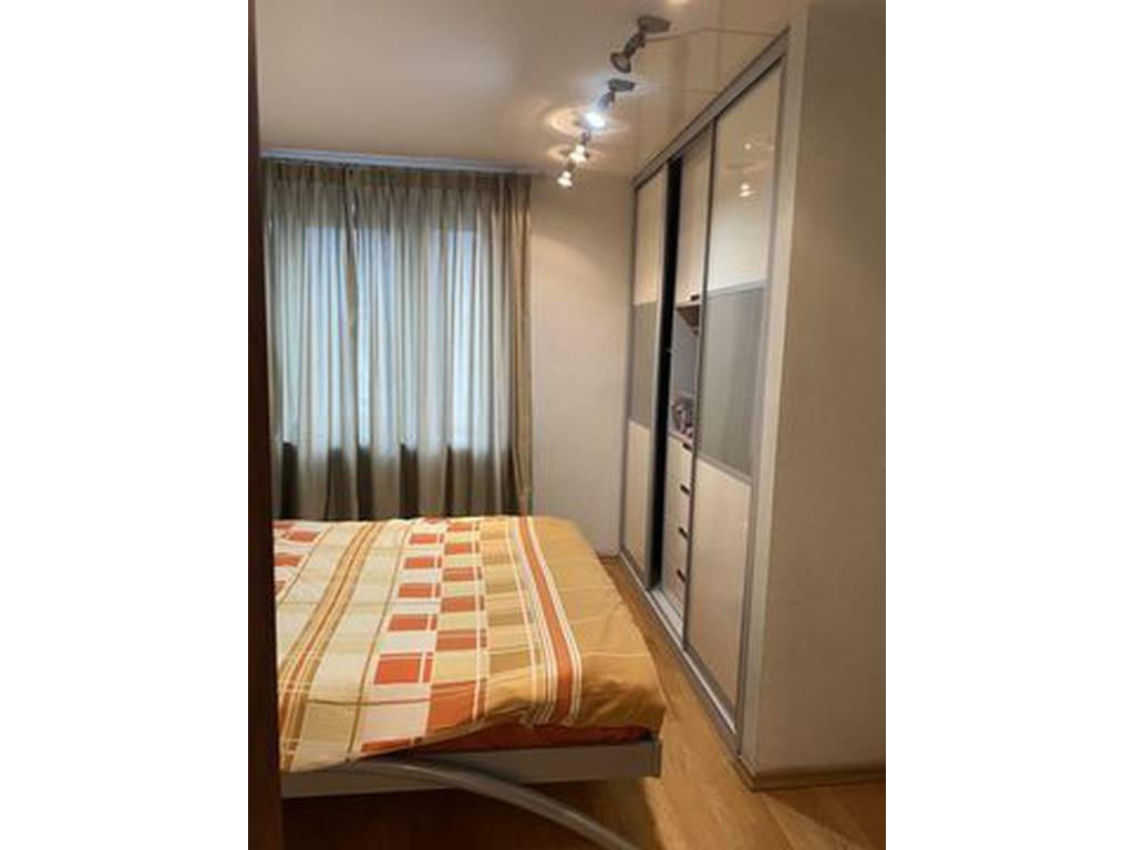 4-комнатная квартира, 100.00 м2, 73000 у.е.
