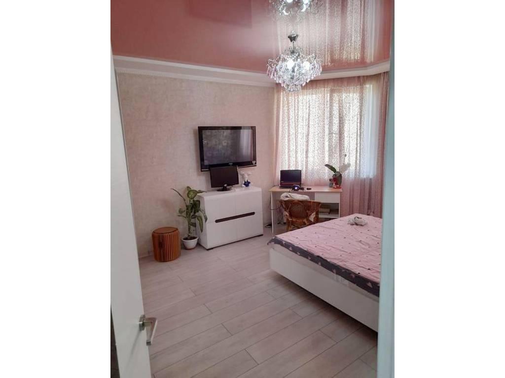 2-комнатная квартира, 76.10 м2, 68990 у.е.
