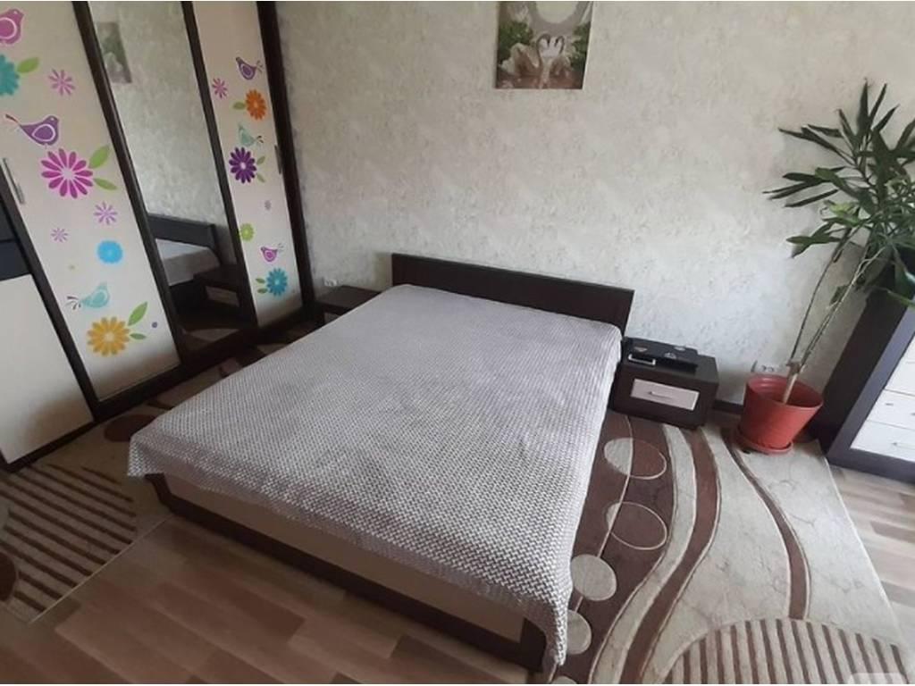 2-комнатная квартира, 70.00 м2, 38500 у.е.