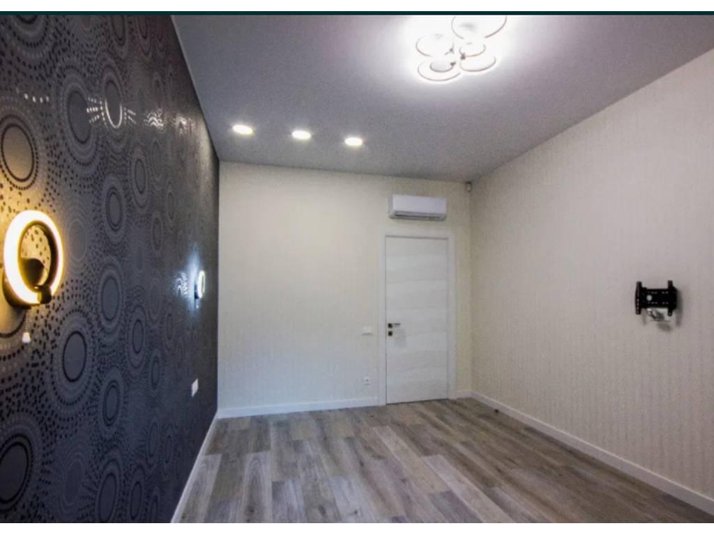 3-комнатная квартира, 100.00 м2, 135000 у.е.