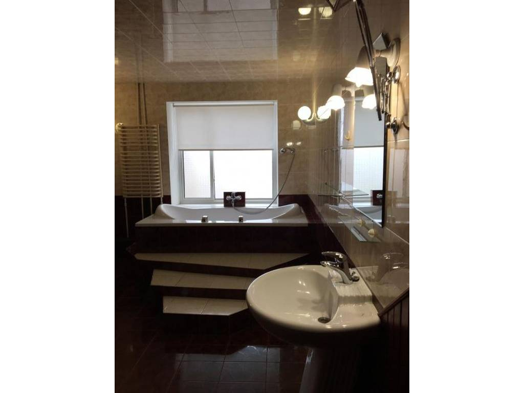 3-комнатная квартира, 160.00 м2, 155000 у.е.