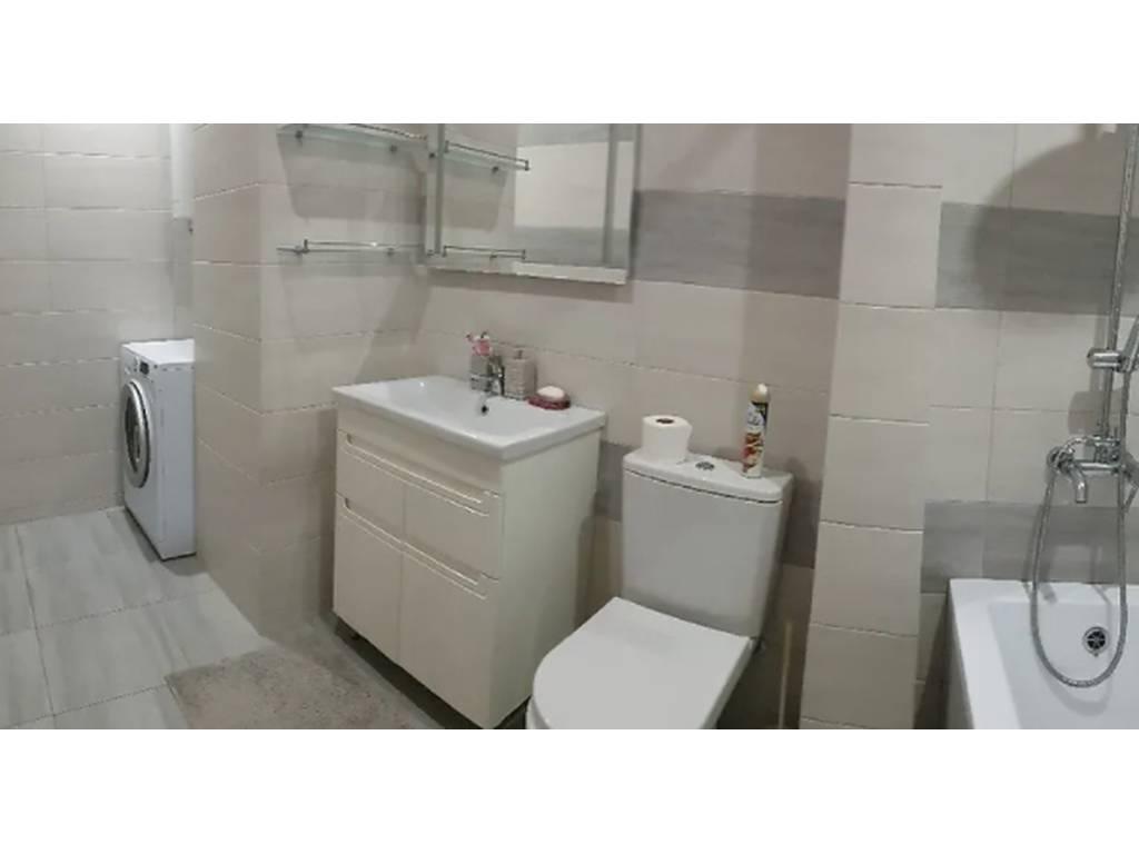 2-комнатная квартира, 72.00 м2, 67000 у.е.