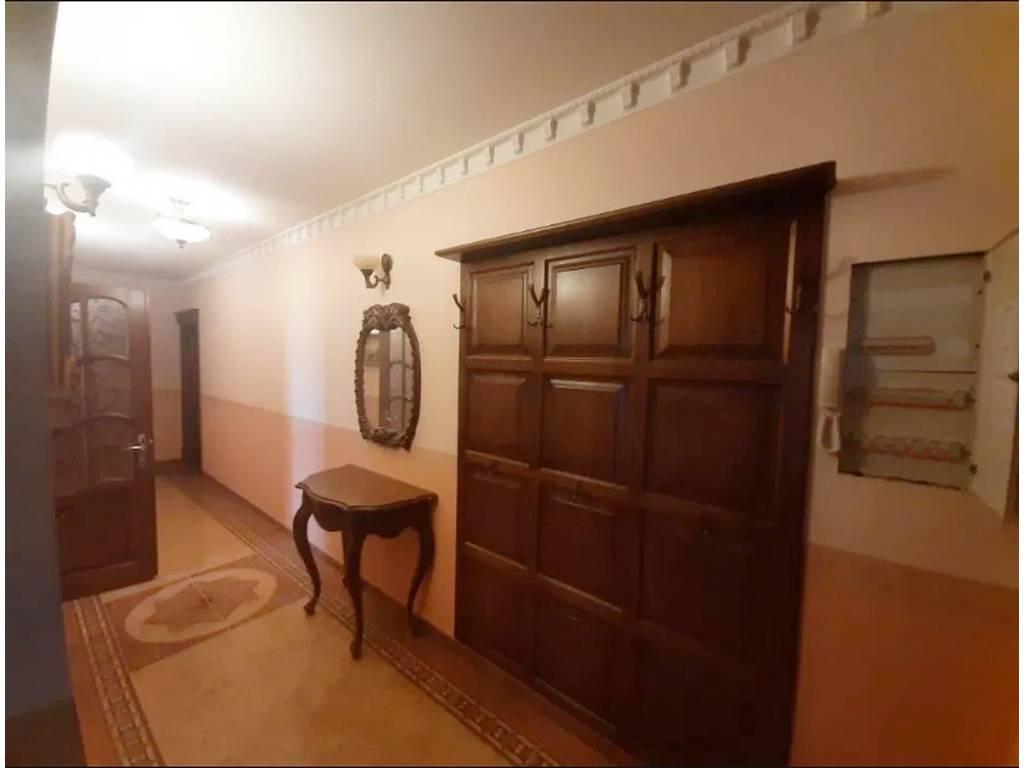 3-комнатная квартира, 115.00 м2, 90000 у.е.