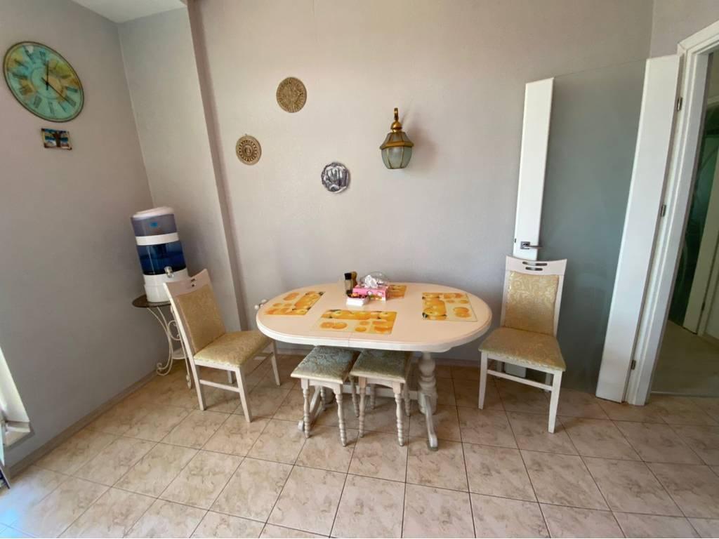 3-комнатная квартира, 96.00 м2, 99999 у.е.