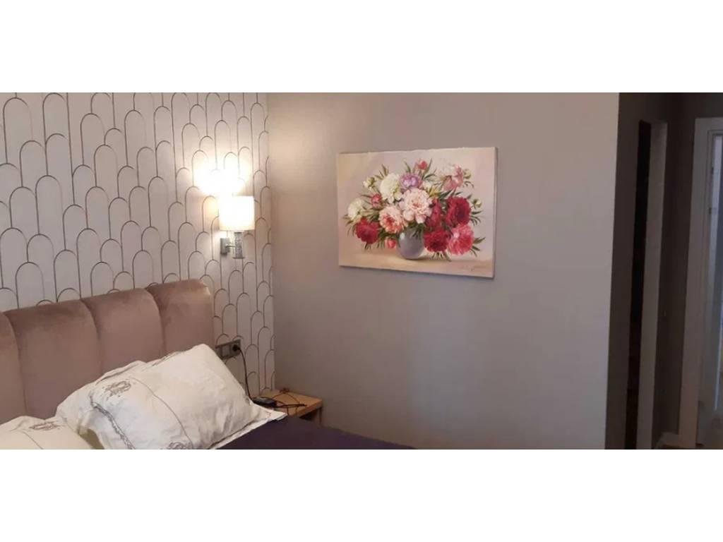 4-комнатная квартира, 100.00 м2, 150000 у.е.