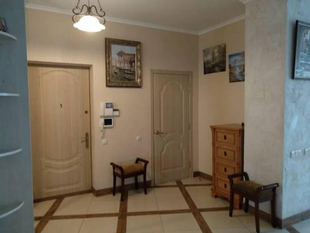 6-комнатная квартира, 210.00 м2, 380000 у.е.