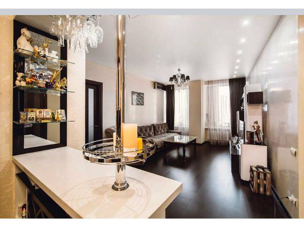 2-комнатная квартира, 100.00 м2, 165000 у.е.